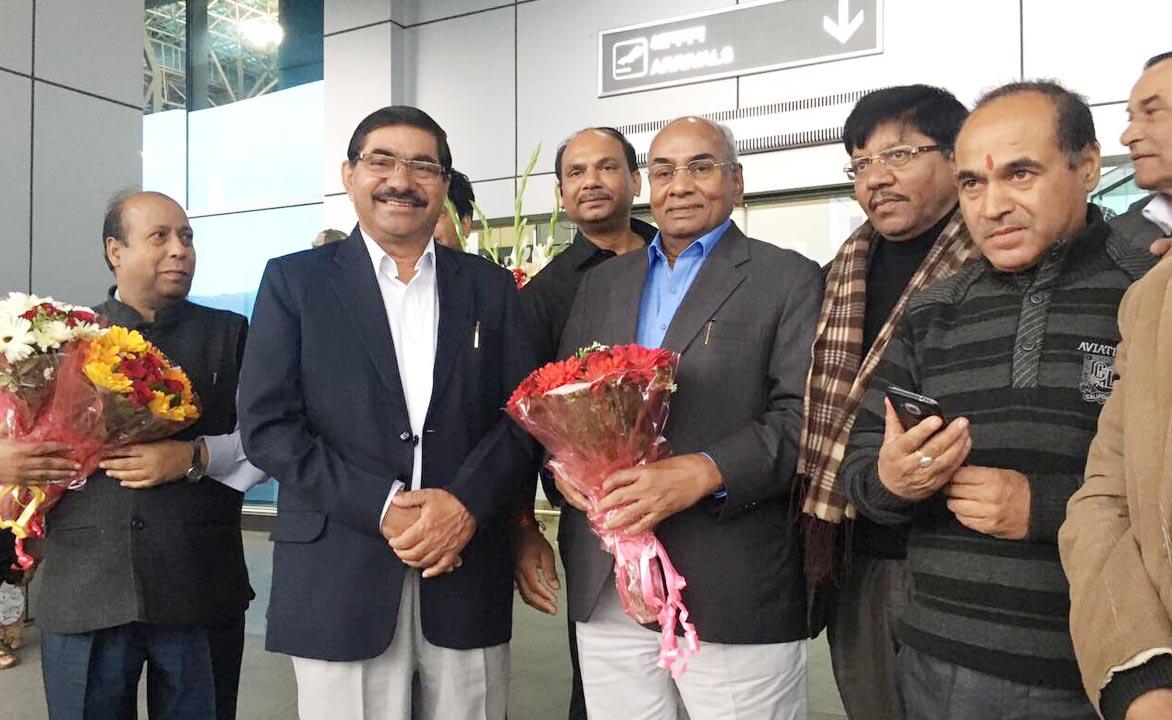 Pramod urges govt to confer Padma Bhushan on Awasthi