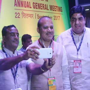 Yadav with Delegates-3